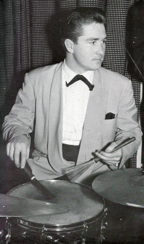 Hero thumb philwarrendrumming1958