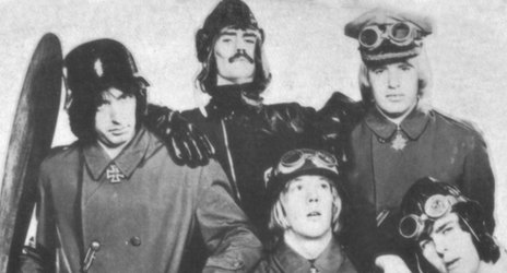 Hero thumb flying circus 1969