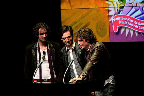 Hero thumb evermore wins the international achievement award at the vodafone new zealand music awards. 18 october 2007