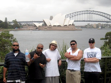 Hero thumb j1 and tek swift from r.e.s with tourettes  bishop and dj substance on the breakin wreck tour of australia