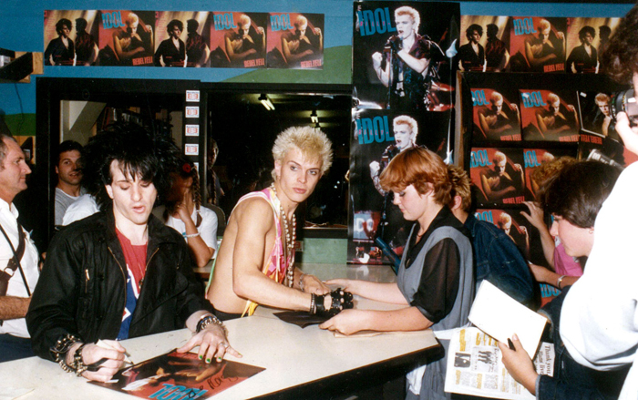 Admin_thumb_billy-idol-instore